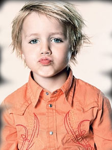http://3.bp.blogspot.com/_yFCQLldPqmk/TKq2UXi6AFI/AAAAAAAAIos/KMWI9zGIZvU/s1600/Beautiful+Kids+Hairstyles+for+2010+%E2%80%93+2011++New+Photo+Gallery+(4).jpg